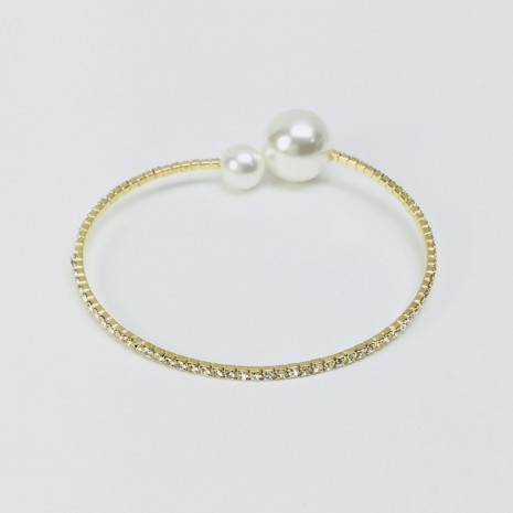 Round Shape Stone With Pearl Brecelet