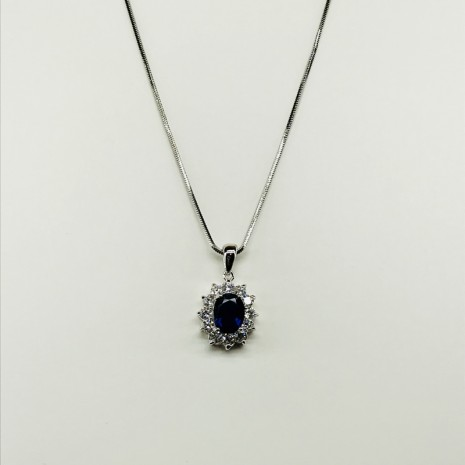 Cubic Oval Necklace
