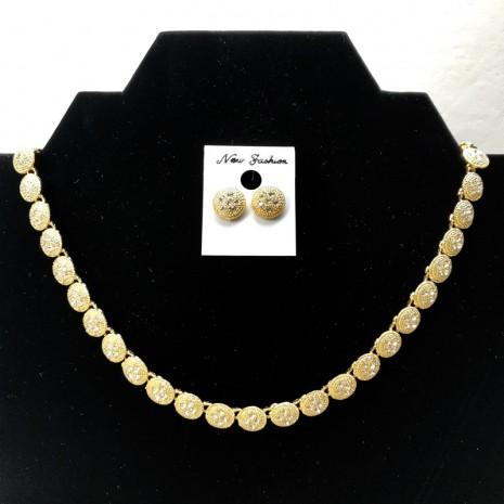 Chain Set Necklace